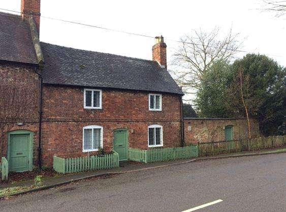 4 Bedrooms Semi Detached House for rent in Sudbury, Ashbourne, Derbyshire, DE6