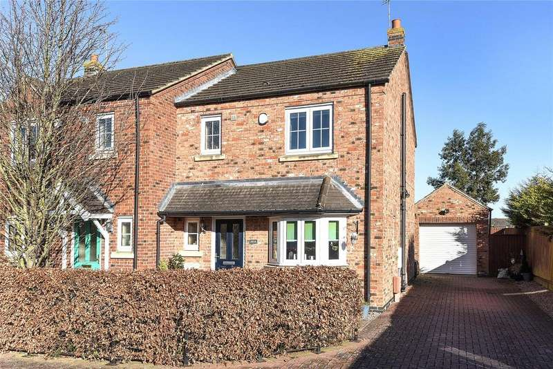 3 Bedrooms Semi Detached House for sale in Winsover Road, Spalding, PE11