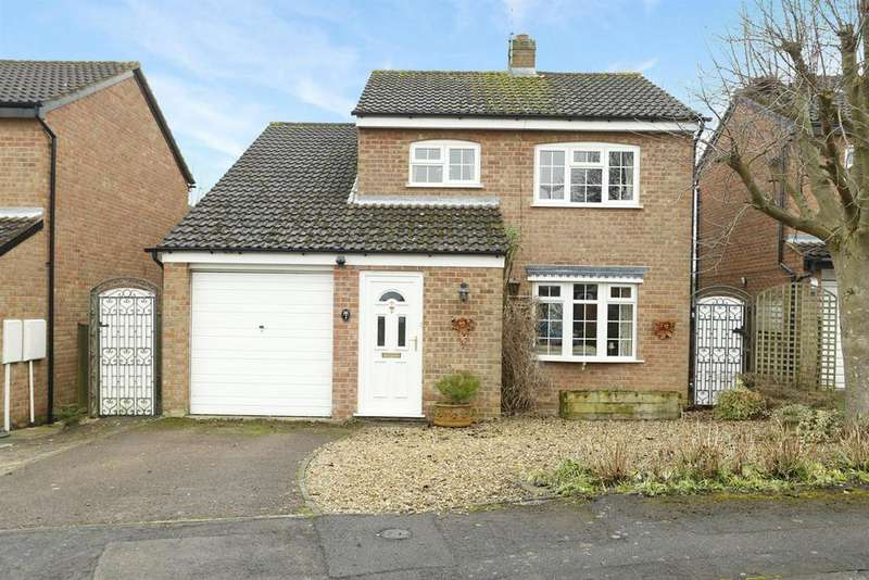3 Bedrooms Detached House for sale in Westfield Close, Market Harborough