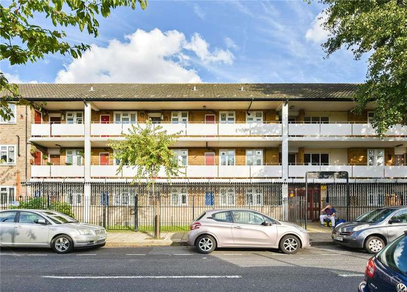 3 Bedrooms Flat for sale in Charles Burton Court, Ashenden Road, London, E5