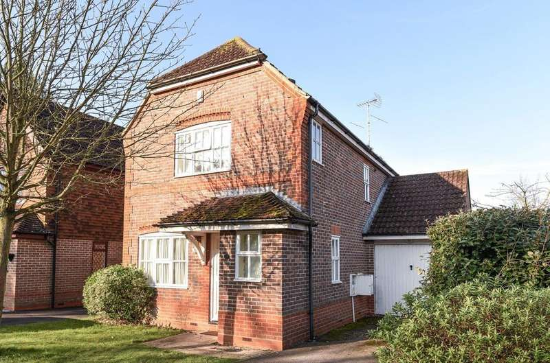 3 Bedrooms Detached House for sale in Upper Mount, Liss, GU33