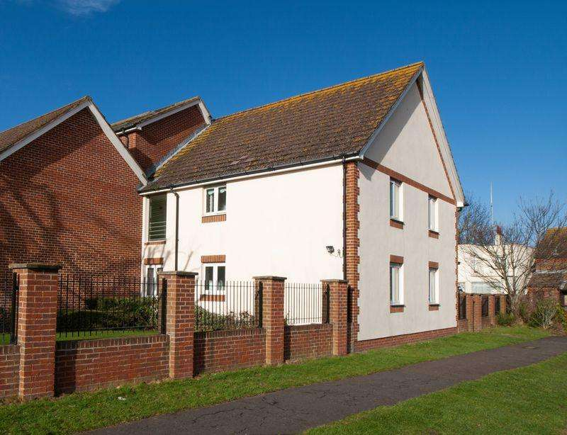 2 Bedrooms Retirement Property for sale in Middleton-on-Sea, West Sussex