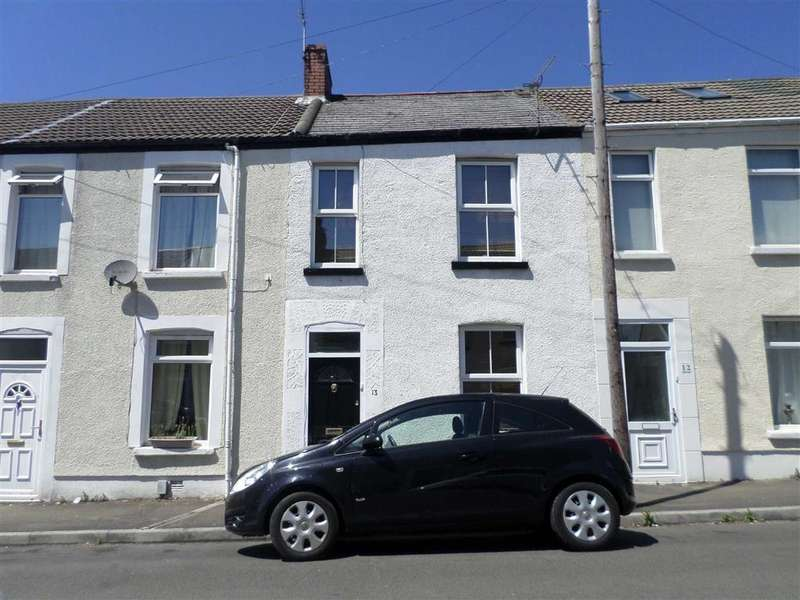 3 Bedrooms Terraced House for sale in Edgeware Road, Swansea, SA2