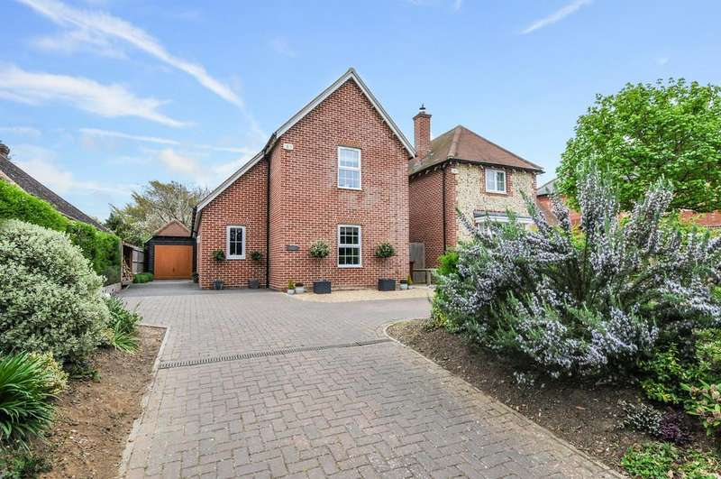 4 Bedrooms Detached House for sale in Prinsted Lane, Prinsted, Emsworth