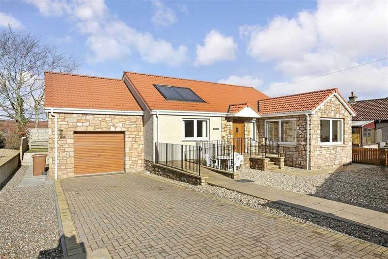 2 Bedrooms Bungalow for sale in Church Street, Freuchie