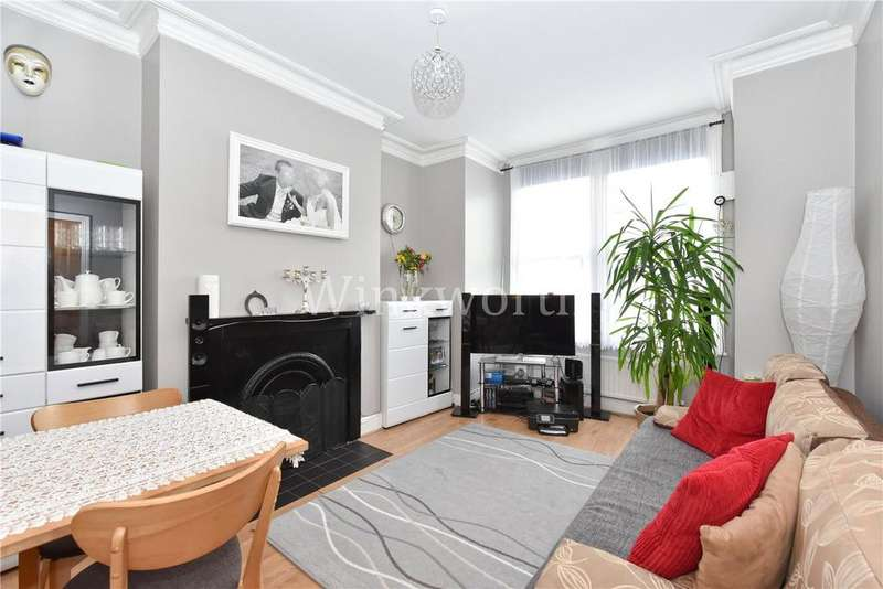 2 Bedrooms Flat for sale in Southey Road, Seven Sisters, London, N15
