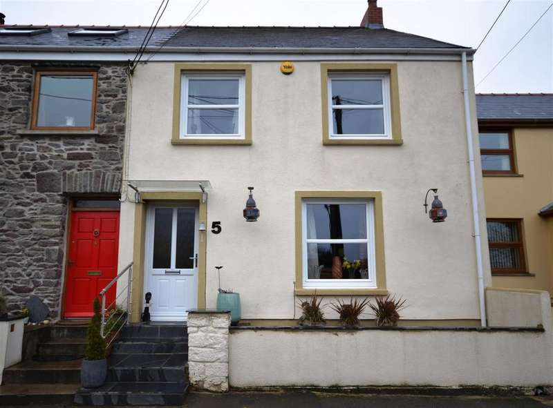 3 Bedrooms End Of Terrace House for sale in Llanstadwell, Neyland