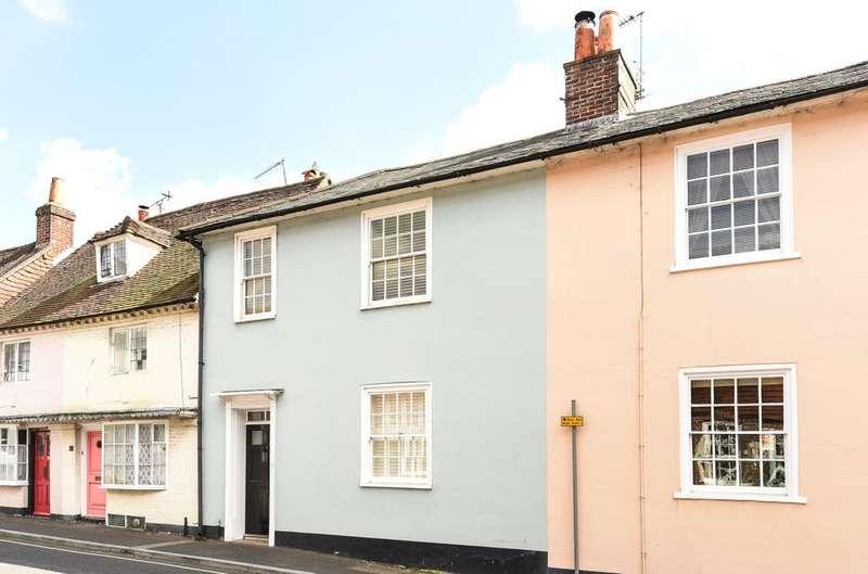3 Bedrooms Terraced House for rent in Sheep Street, Petersfield GU32
