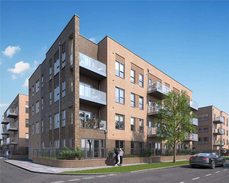1 Bedroom Apartment Flat for sale in Oxhey Drive, South Oxhey, Watford, Herts, WD19