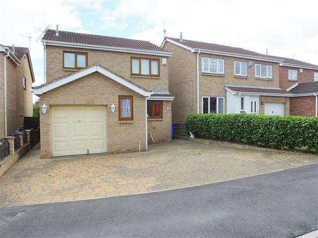 4 Bedrooms Detached House for sale in Radnor Close, Sheffield, S20 2DH