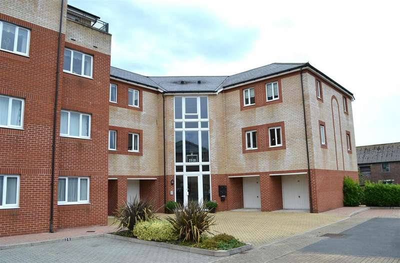 2 Bedrooms Apartment Flat for sale in Mills Way, Barnstaple