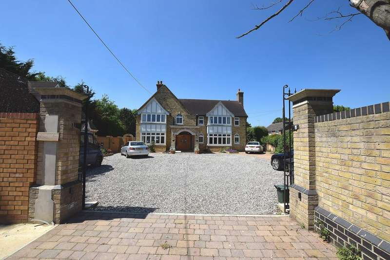 6 Bedrooms Detached House for sale in High Garrett, Braintree, CM7