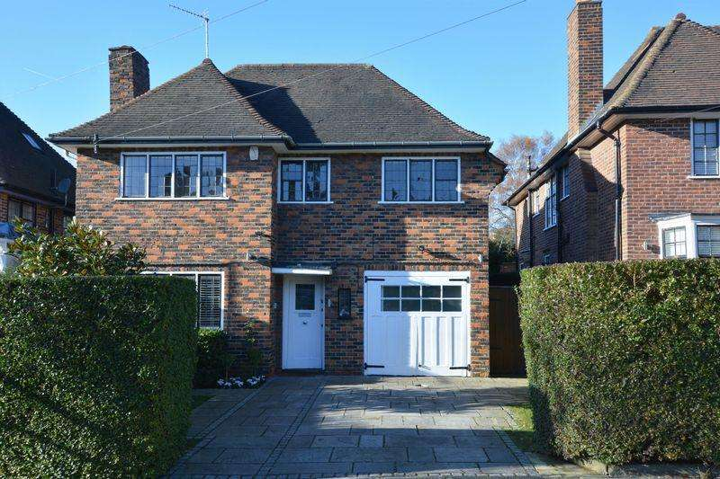 4 Bedrooms Detached House for sale in Greenhalgh Walk, Hampstead Garden Suburb, London N2