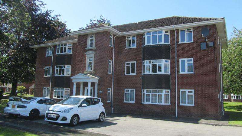 1 Bedroom Apartment Flat for sale in Trinity Court, Congleton
