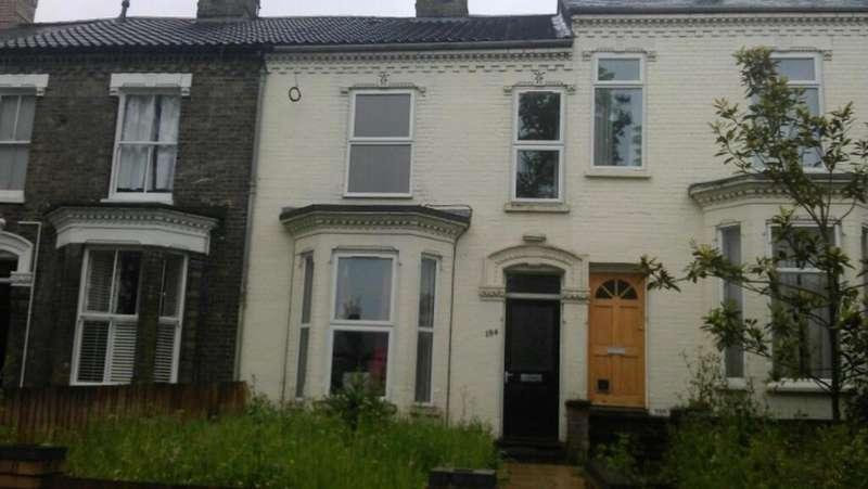 3 Bedrooms Terraced House for rent in Dereham Road, Norwich NR2