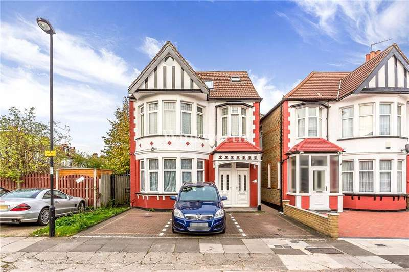 2 Bedrooms Flat for sale in Lodge Drive, London, N13