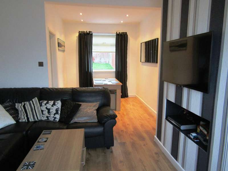 2 Bedrooms Semi Detached House for sale in Rothbury Gardens, Lobley Hill, Lobley Hill, Tyne and Wear, NE11 0AX