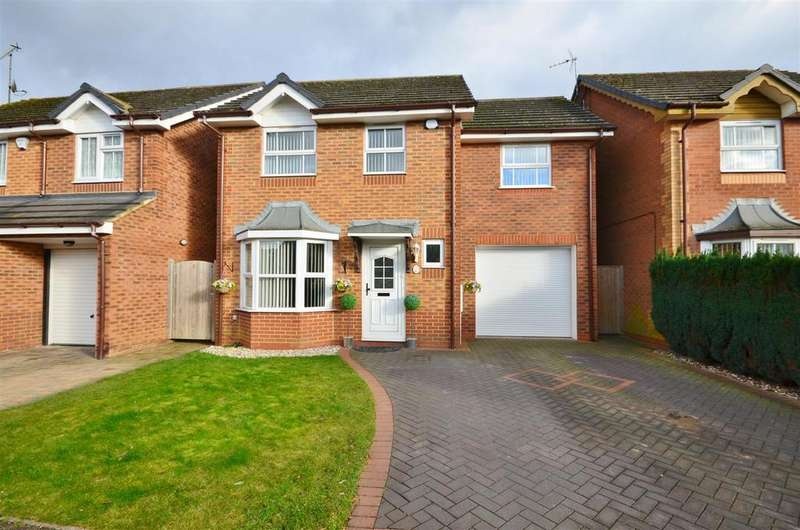 4 Bedrooms Detached House for sale in Sacombe Green, Barton Hills