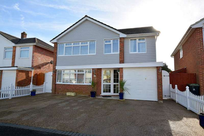 5 Bedrooms Detached House for sale in Matlock Road, Ferndown