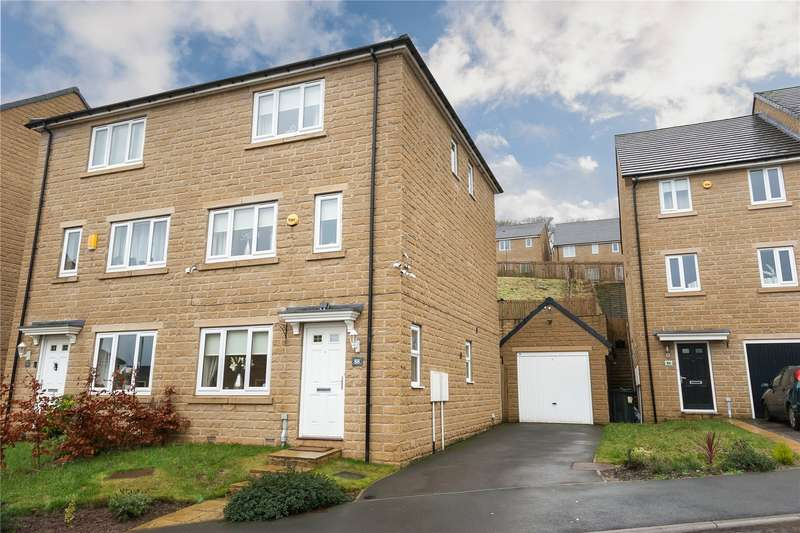 3 Bedrooms Semi Detached House for sale in Fountain Head Road, Fountain Head Village, HALIFAX, West Yorkshire, HX2