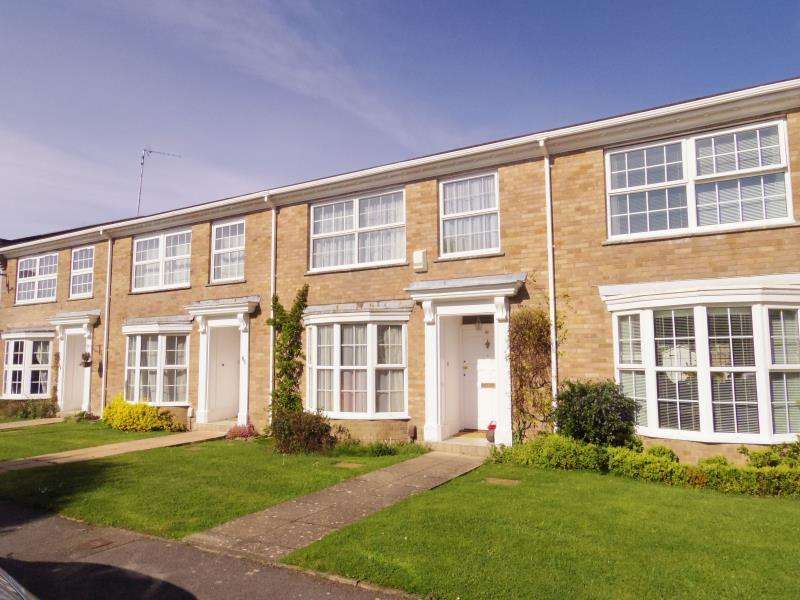 3 Bedrooms Terraced House for rent in Copeland Drive, Lower Parkstone