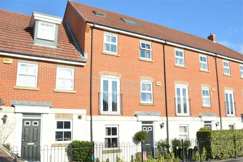 4 Bedrooms Town House for sale in Malmesbury Park Road, Bournemouth, Dorset