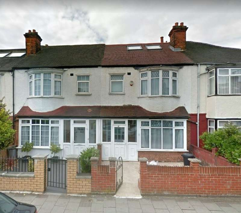 4 Bedrooms Terraced House for rent in Tooting Bec, London SW17