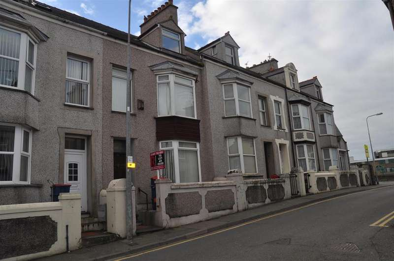 4 Bedrooms House for rent in Thomas Street, Holyhead