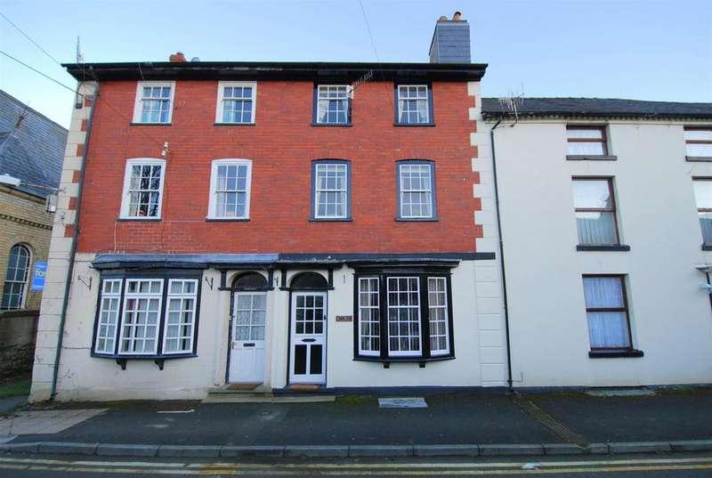 3 Bedrooms Terraced House for sale in Bethel Street, Llanidloes