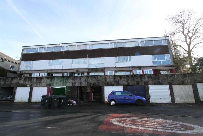 2 Bedrooms Flat for sale in East Grove Road, Newport
