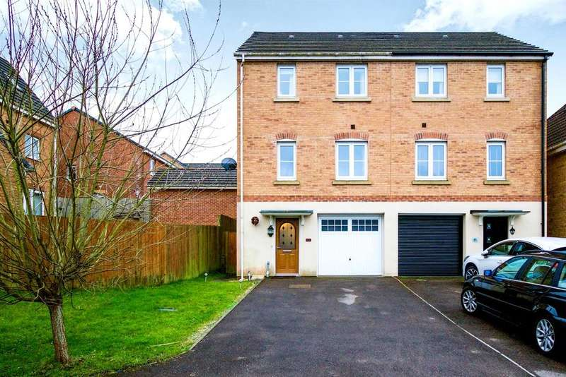 3 Bedrooms Semi Detached House for sale in Skylark Road, North Cornelly, North Cornelly
