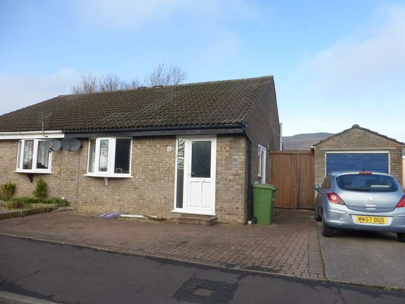 2 Bedrooms Semi Detached Bungalow for sale in Ash Walk, Talbot Green, Pontyclun