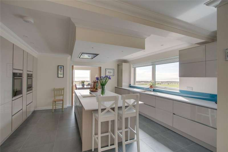 5 Bedrooms Detached House for sale in The Portledge, Hillfoot Terrace, Gourdon, Kincardineshire, DD10