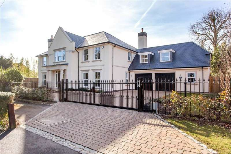 5 Bedrooms Detached House for sale in Normanstead, Henley-on-Thames, RG9