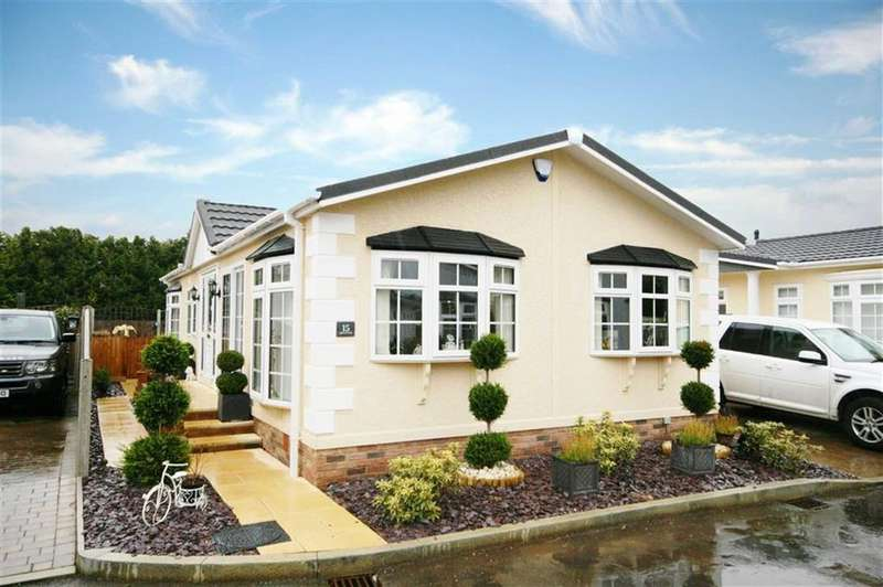 2 Bedrooms Detached Bungalow for sale in Appleacre, Fowlmere