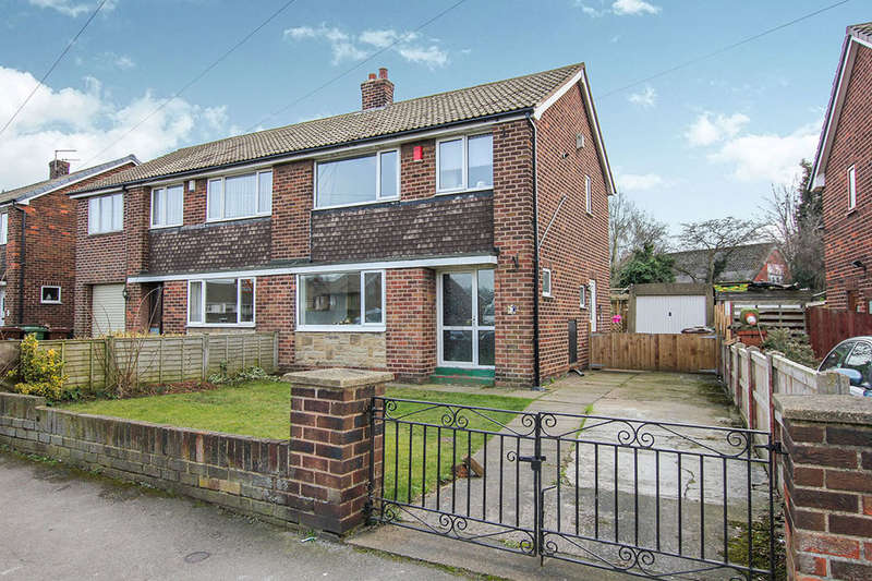 3 Bedrooms Semi Detached House for sale in Harefield Road, Pontefract, WF8