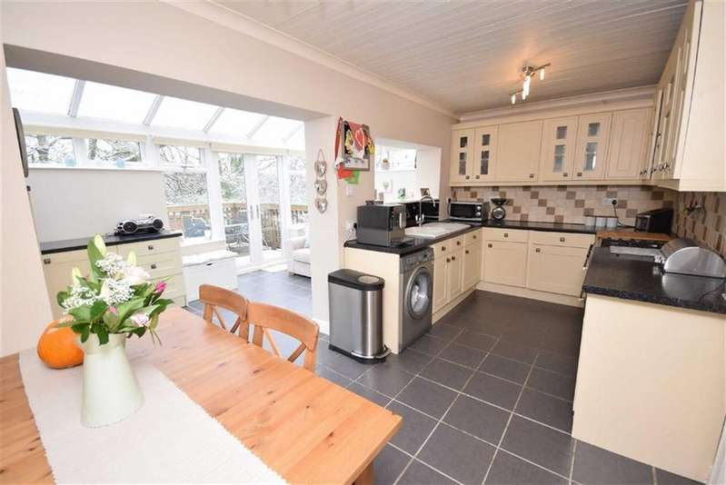3 Bedrooms Semi Detached House for sale in Pasture Lane, Barrowford, Lancashire
