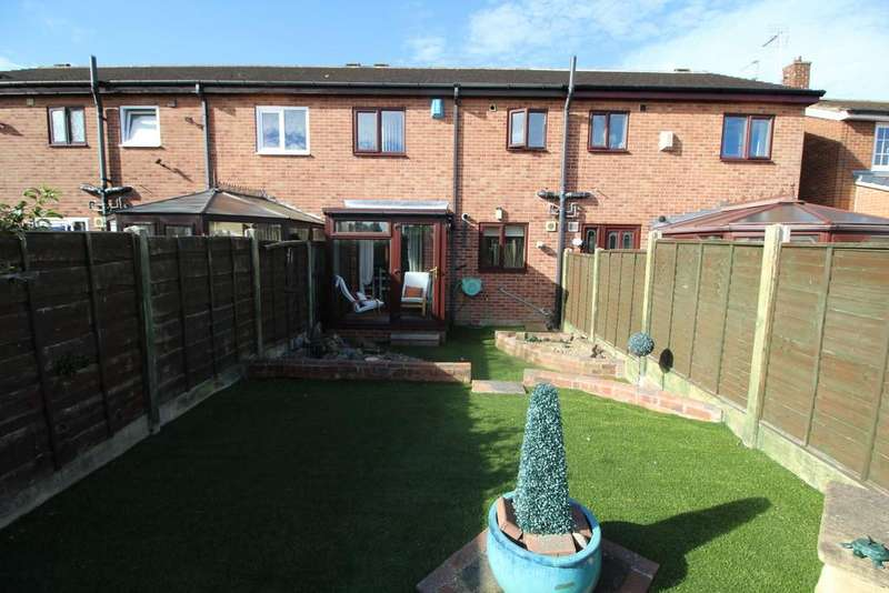 3 Bedrooms Town House for sale in Fairway, Normanton