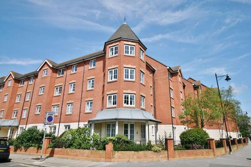 1 Bedroom Retirement Property for sale in Holmbush Court, Queens Crescent, Southsea