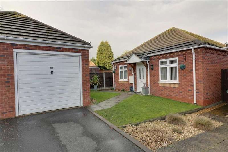 2 Bedrooms Detached Bungalow for sale in Edwards Croft, Cannock, Staffordshire