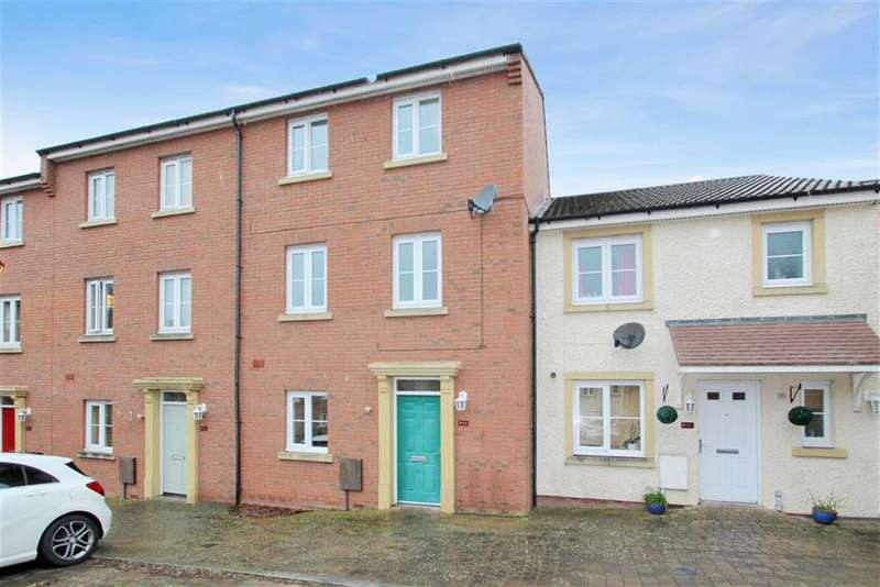 4 Bedrooms Town House for rent in Britten Road, Redhouse