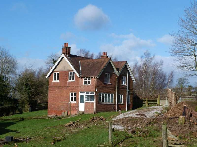 3 Bedrooms Farm House Character Property for sale in Alderley Edge, Cheshire