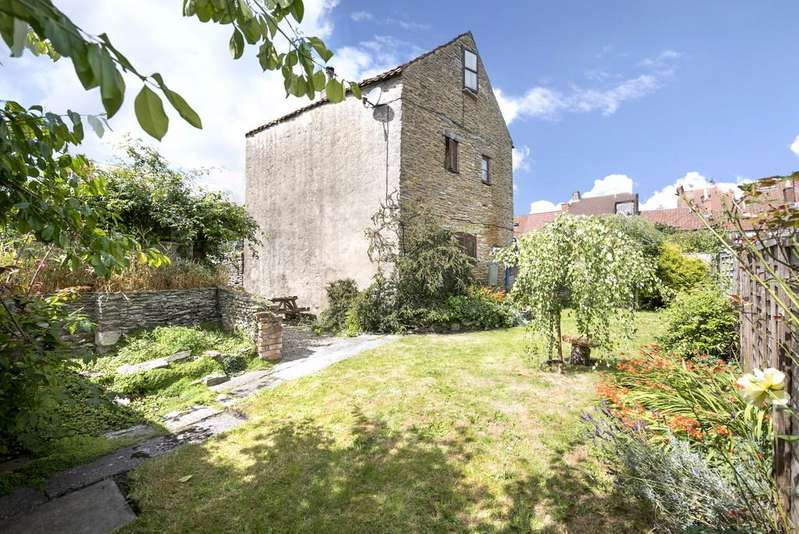 3 Bedrooms Detached House for sale in Selwood Road, Frome