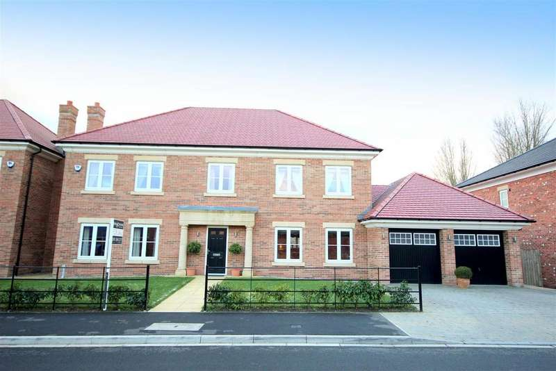 5 Bedrooms Detached House for sale in Chevallier Court, Durham