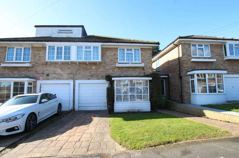 4 Bedrooms Semi Detached House for sale in Portsmouth