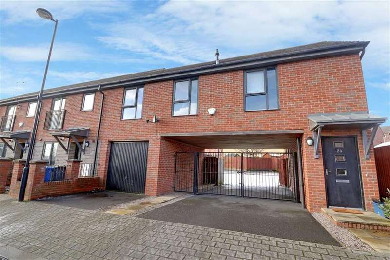 2 Bedrooms Maisonette Flat for sale in Rosedawn Close West, Hanley, Stoke-on-Trent