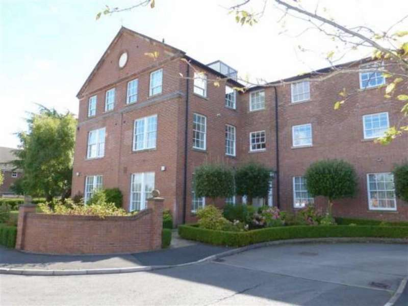 2 Bedrooms Flat for rent in Westholme Close