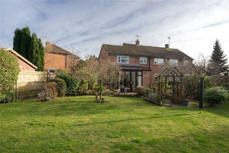 3 Bedrooms Semi Detached House for sale in Windmill Fields, Four Marks, Alton, Hampshire