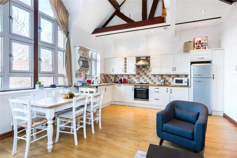 2 Bedrooms Flat for sale in Regal Court, Dawes Road, London, SW6
