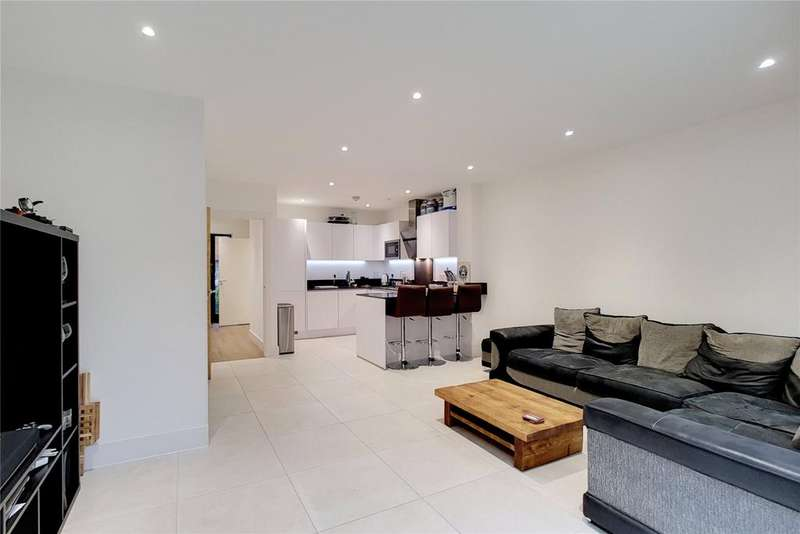 5 Bedrooms Terraced House for sale in Pipit Drive, London, SW15
